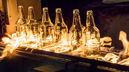Production of bottles in the glass and concrete industry.